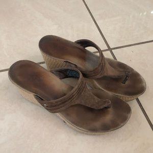 Ugg Brown Sandal Wedges